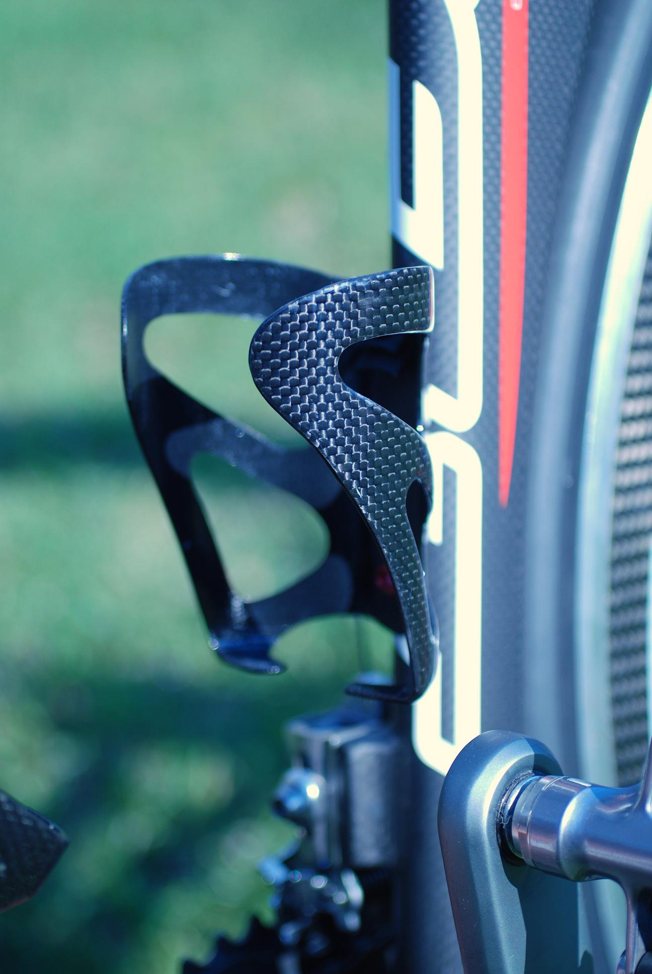 Eleven 81 Carbon Water Bottle Cage