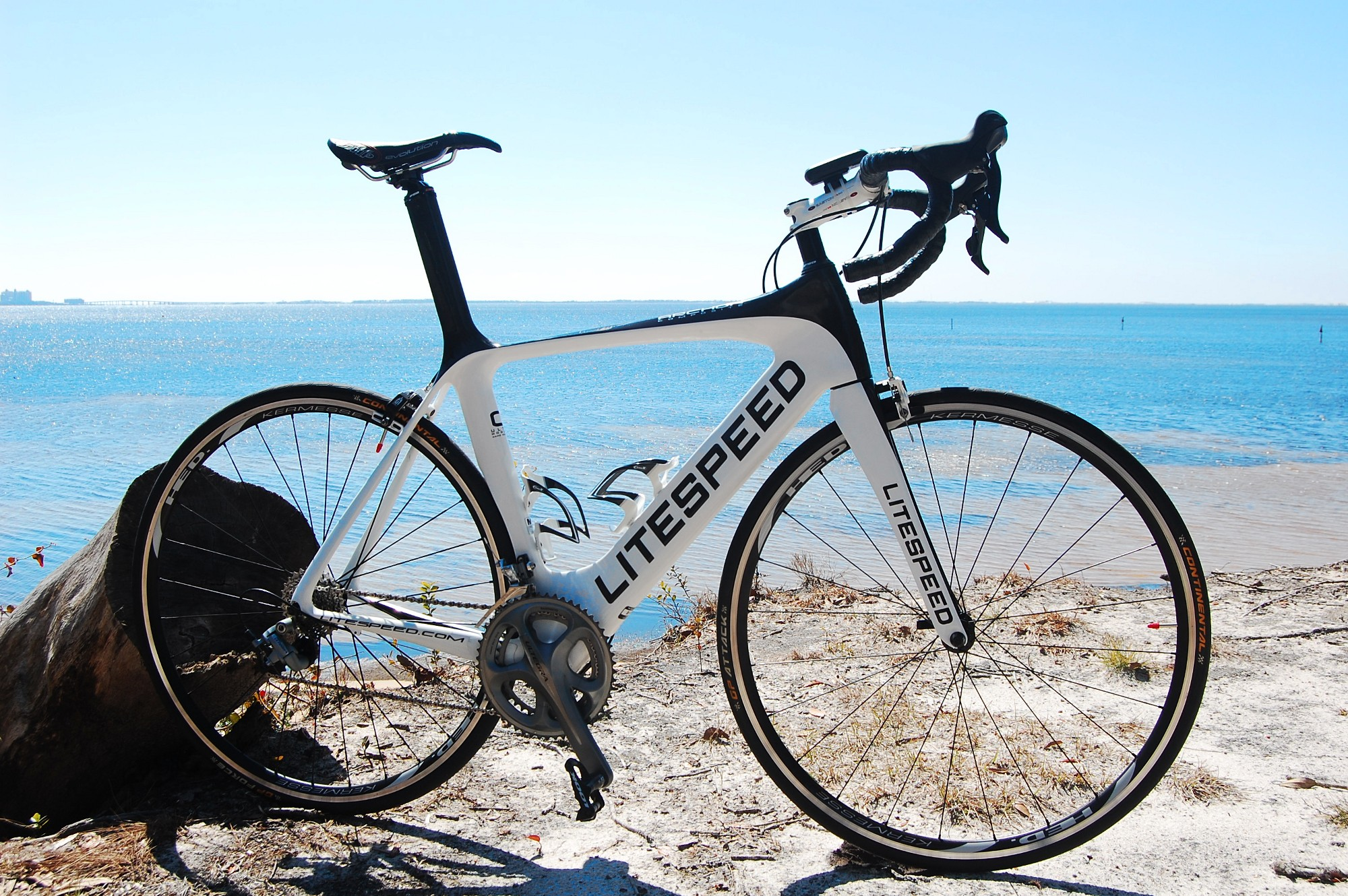 Litespeed 2010 C1 Archon On Beach